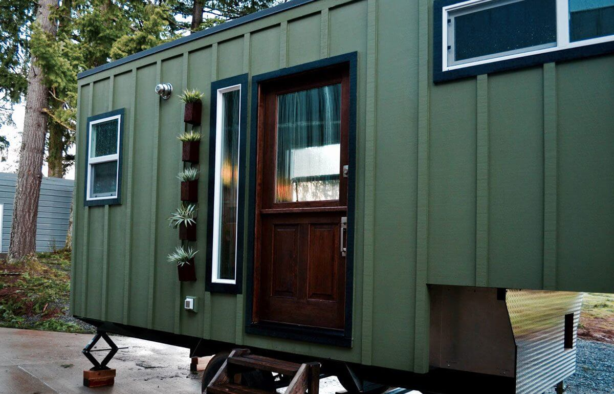 aerodynamic by tiny heirloom tiny houses on wheels for sale listings. Black Bedroom Furniture Sets. Home Design Ideas