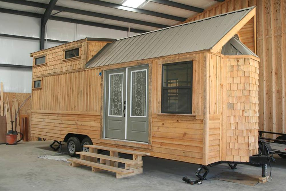 tiny houses find tiny houses on wheels for sale. Black Bedroom Furniture Sets. Home Design Ideas