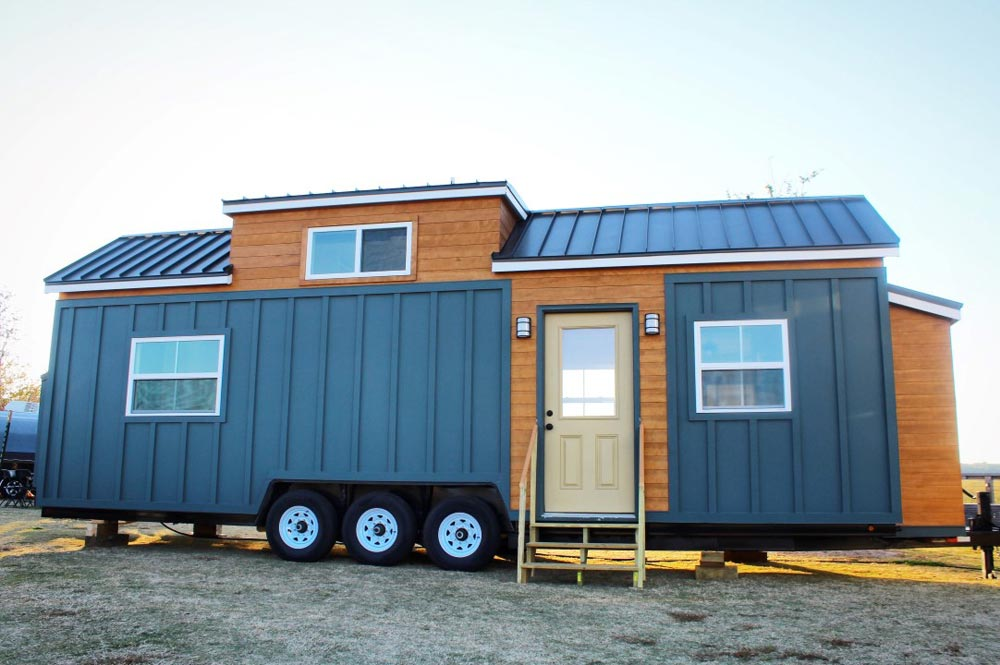 cypress by mustard seed tiny homes tiny houses on wheels for sale listings. Black Bedroom Furniture Sets. Home Design Ideas