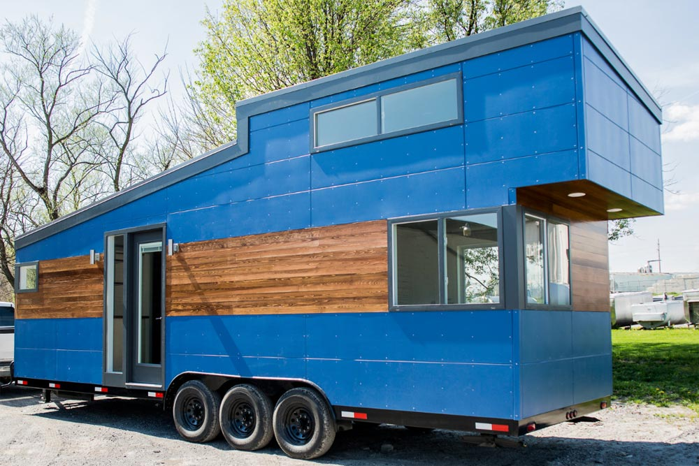 big blue by liberation tiny homes tiny houses on wheels for sale listings. Black Bedroom Furniture Sets. Home Design Ideas